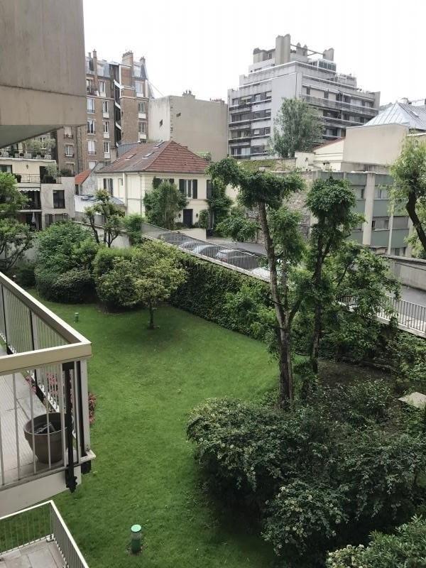 Location appartement Paris 16ème 1235€ CC - Photo 2