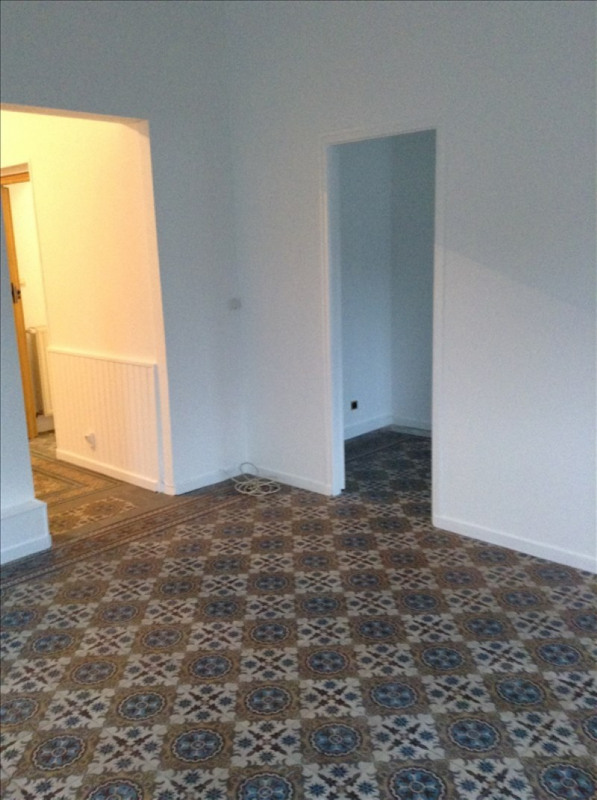 Rental apartment St quentin 450€ CC - Picture 5
