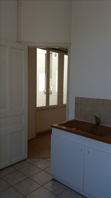 Rental apartment St quentin 425€ CC - Picture 3