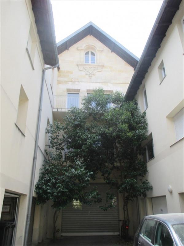 Location appartement Bordeaux 1074€cc - Photo 2