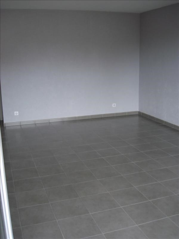 Location appartement Thoiry 1245€ CC - Photo 3