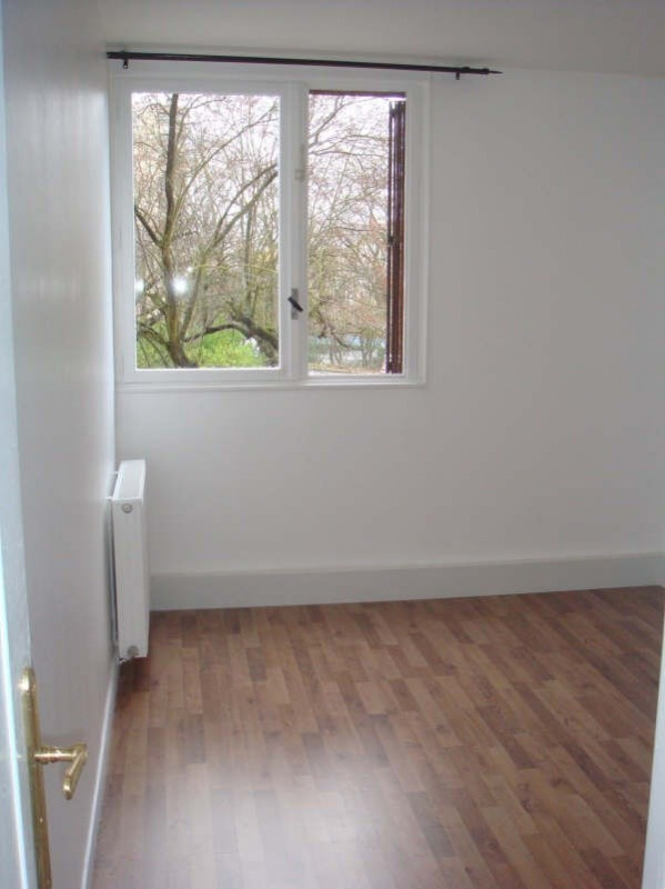 Location appartement Poissy 930€ CC - Photo 3