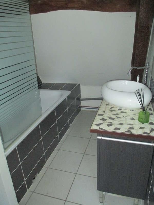 Sale apartment Cires les mello 71000€ - Picture 3