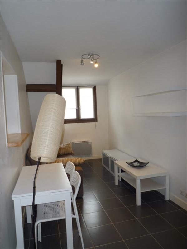 Rental apartment Paris 20ème 1009€ CC - Picture 1