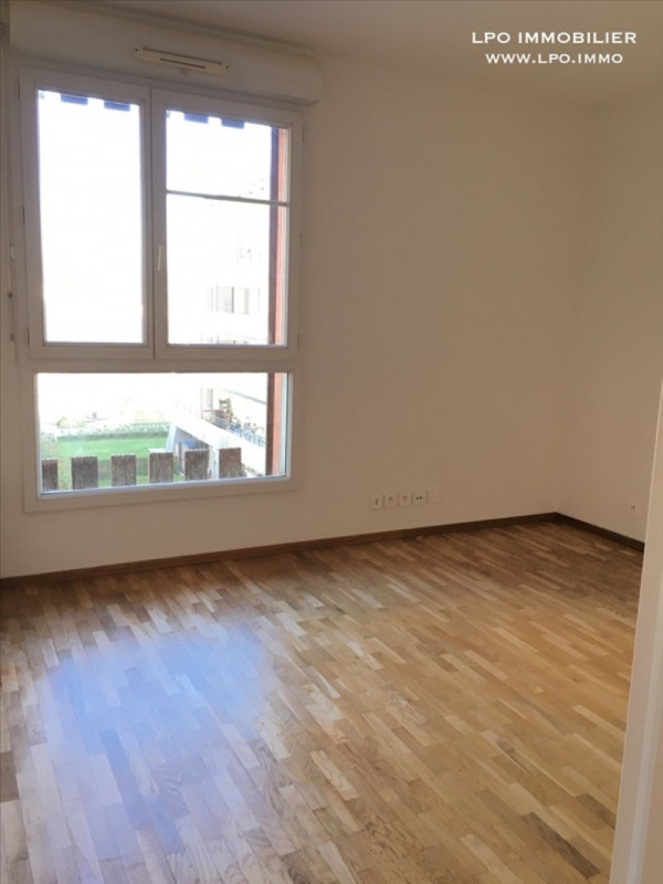 Rental apartment St germain en laye 690€ CC - Picture 4