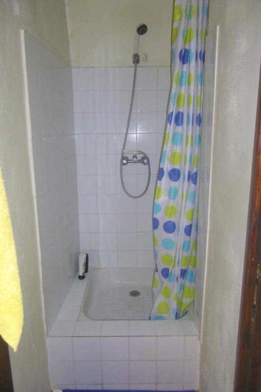 Rental apartment Vauvenargues 595€ CC - Picture 4
