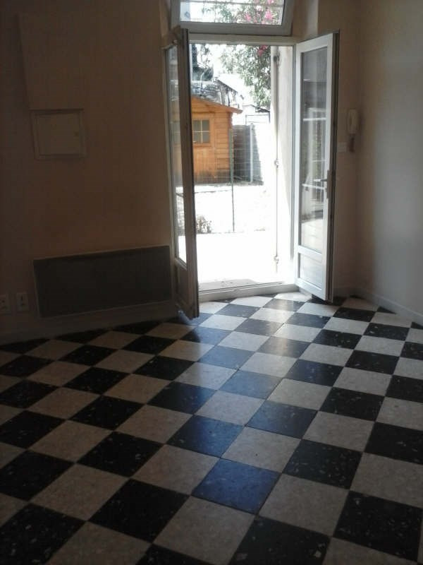 Location appartement Nimes fontaine 415€ CC - Photo 4