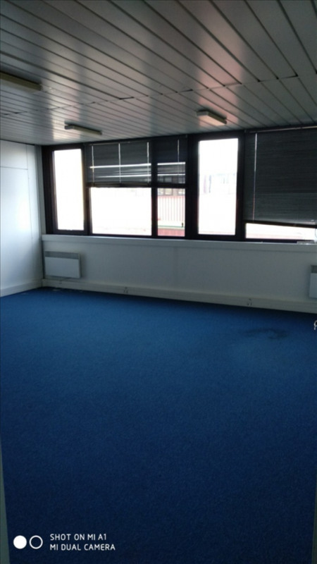 Rental office Carrieres sur seine 1017€ HT/HC - Picture 2