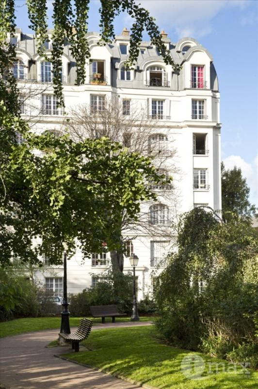 Sale apartment Courbevoie 265 000€ - Picture 1