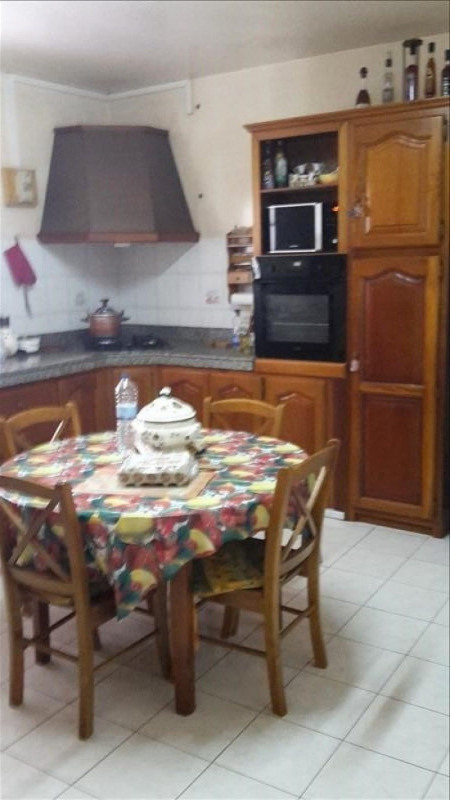 Sale house / villa St claude 337 600€ - Picture 4