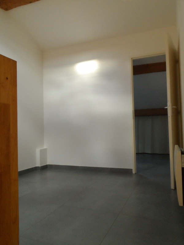Location appartement Balaruc les bains 528€ CC - Photo 5
