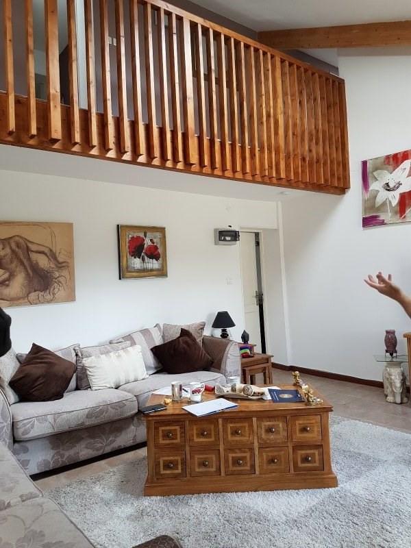 Sale house / villa Sousmoulins 275600€ - Picture 2