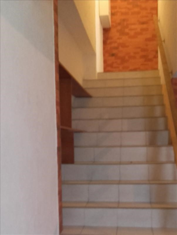 Location maison / villa Roussay 498€ CC - Photo 4