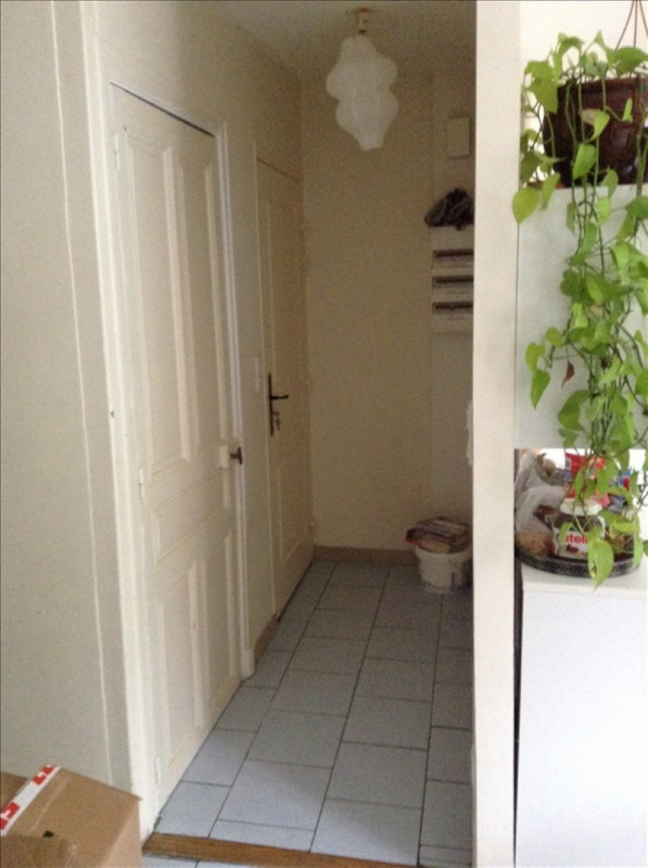 Rental apartment St quentin 595€ CC - Picture 3
