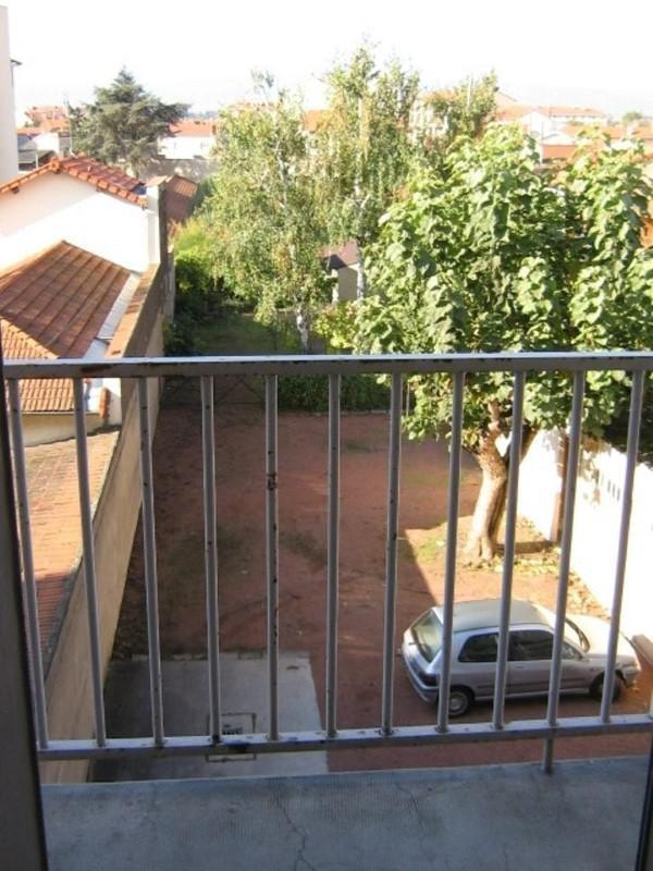 Location appartement Roanne 349€ CC - Photo 3