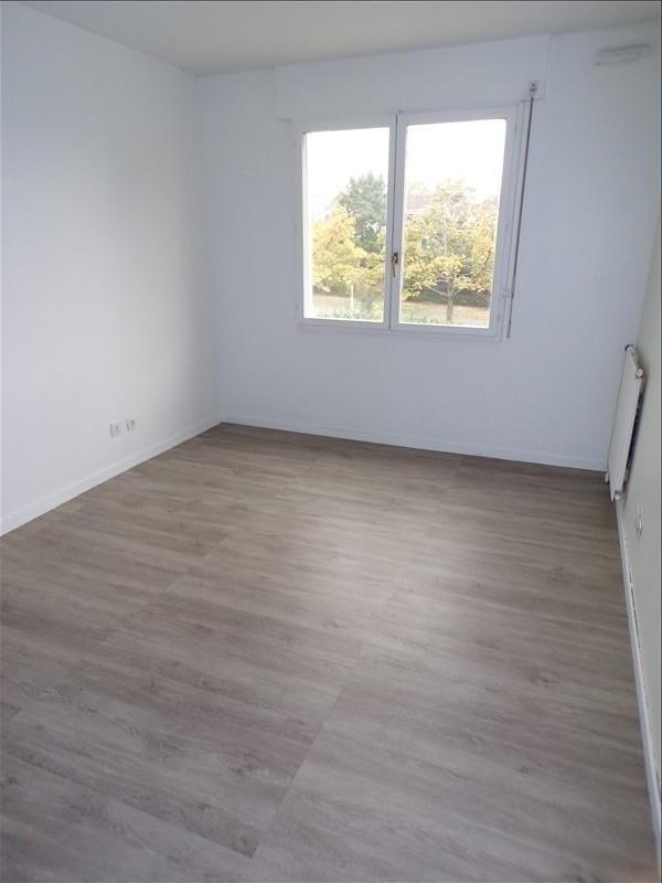 Vendita appartamento Montigny le bretonneux 239000€ - Fotografia 3