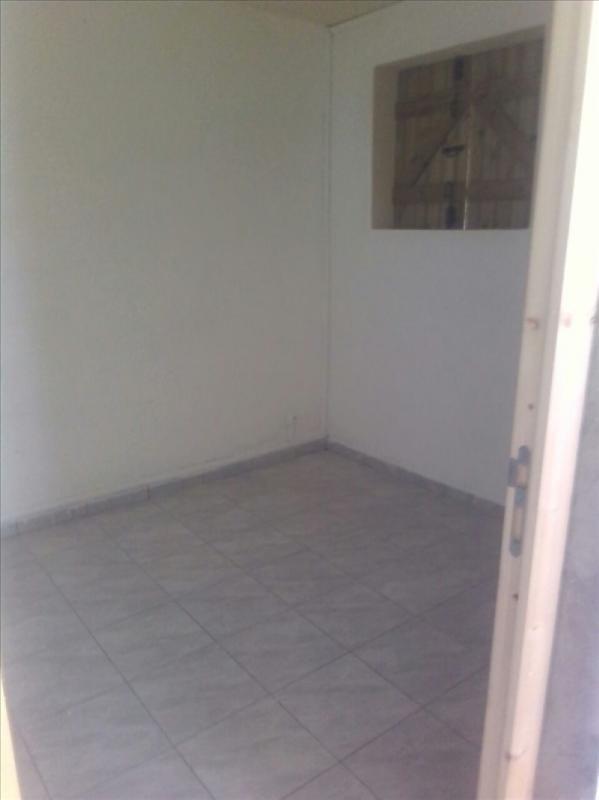 Location appartement Ste rose 480€ CC - Photo 5