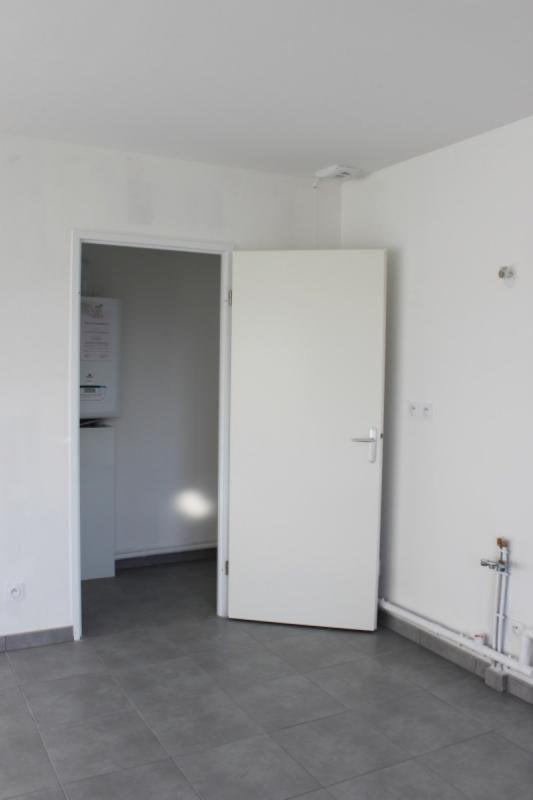 Verkoop  appartement Chuzelles 204000€ - Foto 8