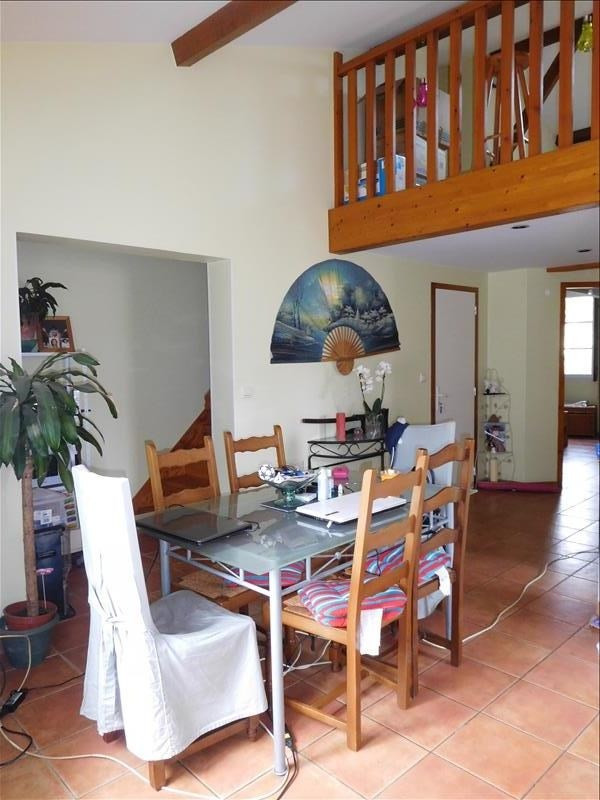 Location appartement St andre de cubzac 619€ CC - Photo 2