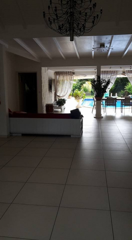 Deluxe sale house / villa Baie mahault 553 850€ - Picture 9