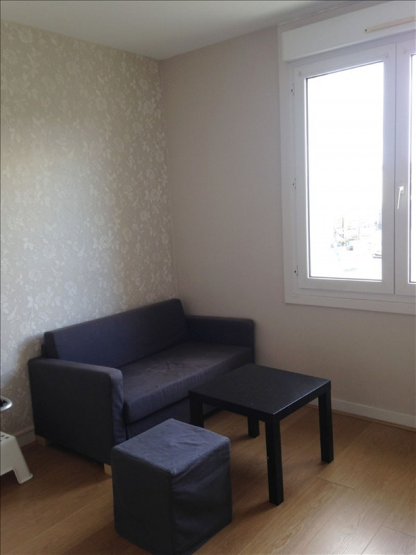 Rental apartment Lannilis 410€ CC - Picture 2