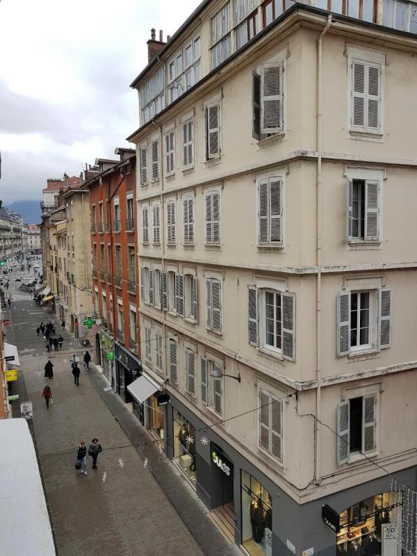 Location appartement Grenoble 629€ CC - Photo 5
