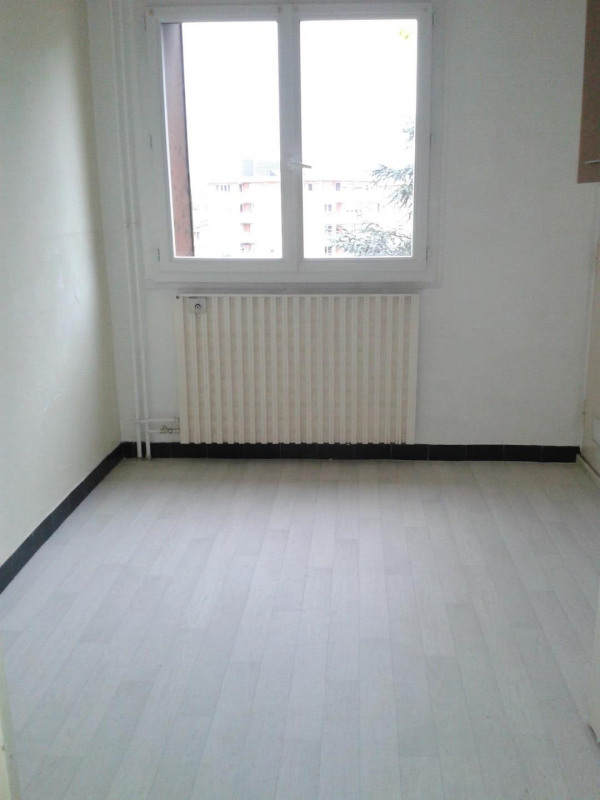 Location appartement Montmélian 670€ CC - Photo 8