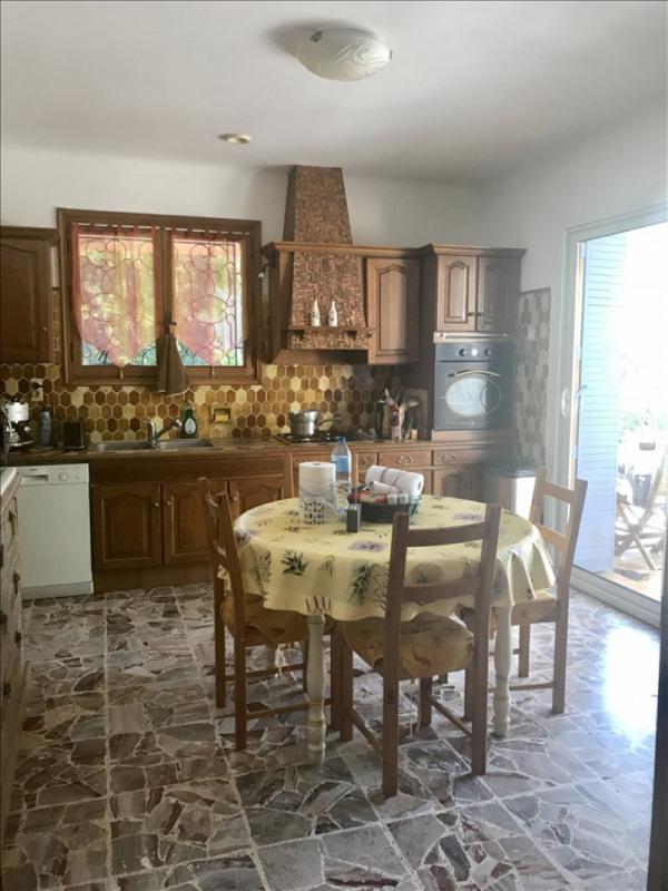 Sale house / villa Le puy ste reparade 440000€ - Picture 6