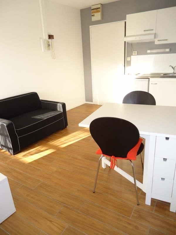 Rental apartment Brest 380€cc - Picture 2