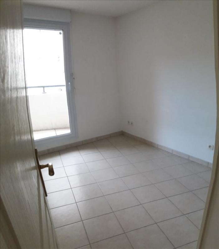 Location appartement Marseille 8ème 998€ CC - Photo 6