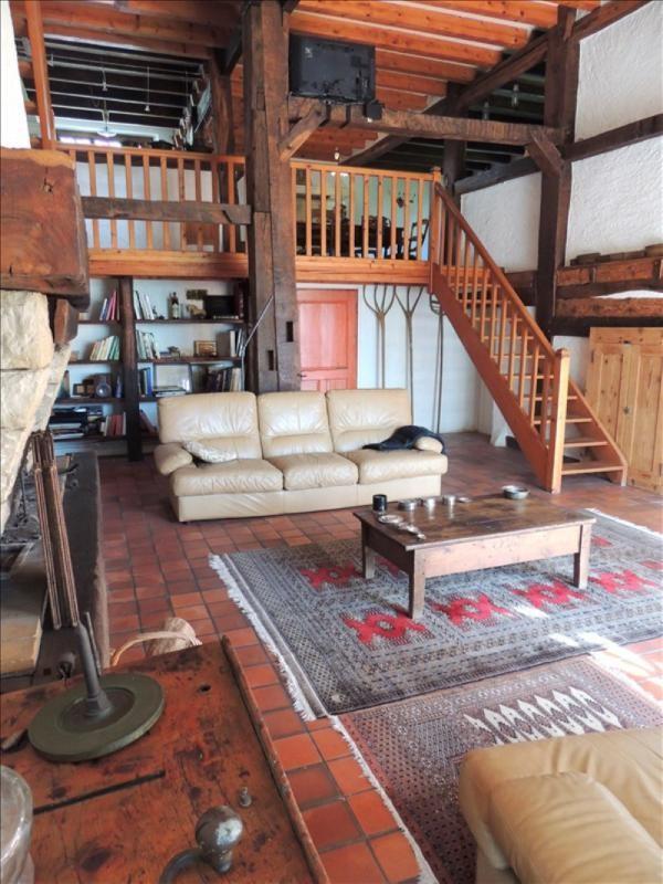 Sale house / villa Farges 800000€ - Picture 1