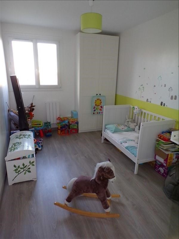Revenda apartamento Montigny le bretonneux 236000€ - Fotografia 5