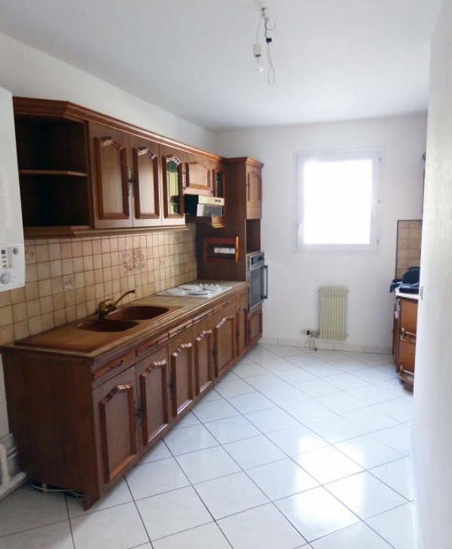 Sale apartment Elancourt 185000€ - Picture 4