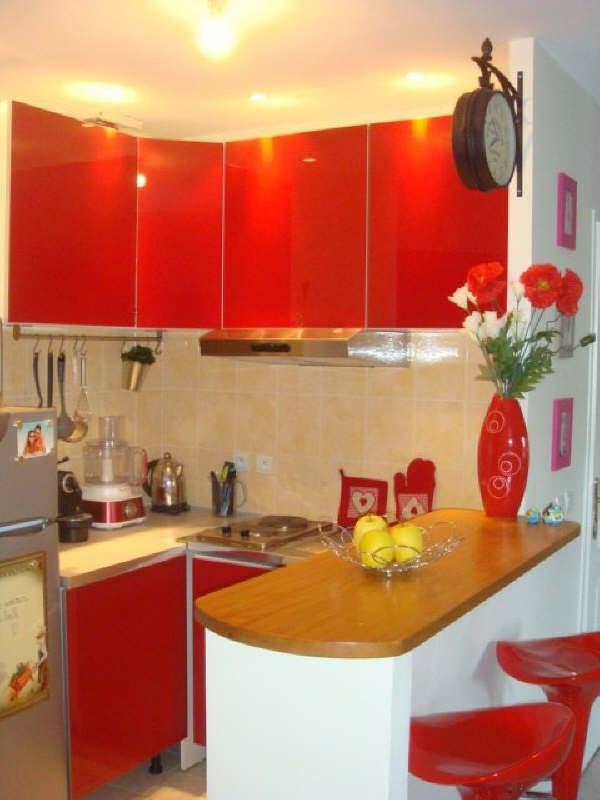 Rental apartment Maurepas 1021€ CC - Picture 3