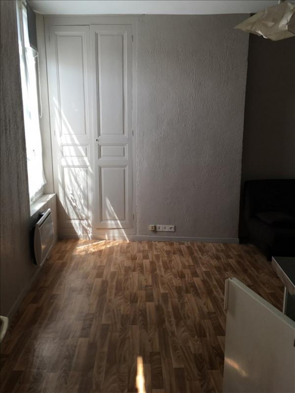 Rental apartment Vendome 285€ CC - Picture 6