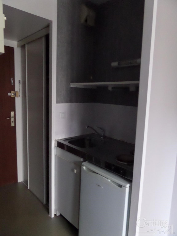 Location appartement 14 320€ CC - Photo 3