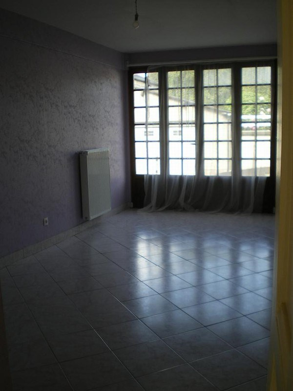 Location maison / villa Saint lo 560€ CC - Photo 5