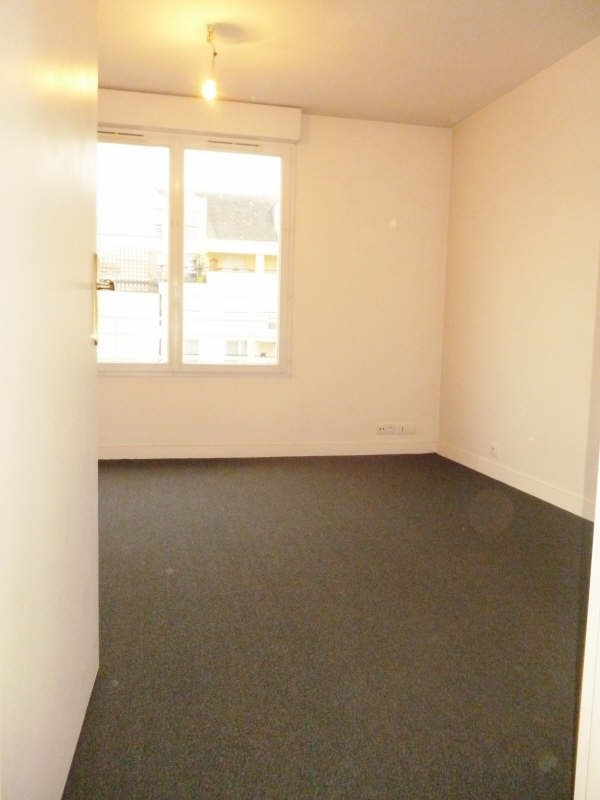 Location appartement Rueil malmaison 630€ CC - Photo 3