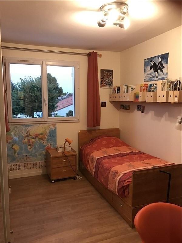 Sale house / villa Montigny le bretonneux 517000€ - Picture 8