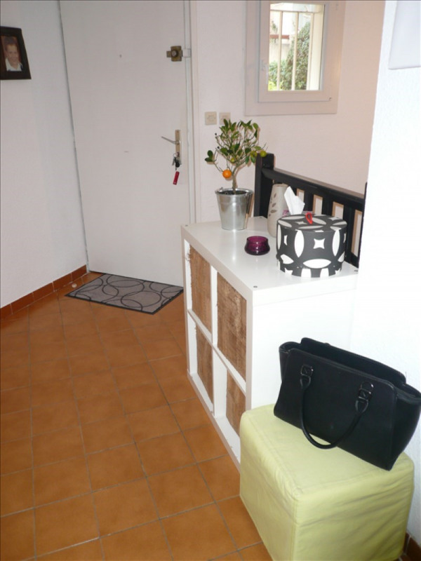Location maison / villa La seyne sur mer 952€ CC - Photo 10