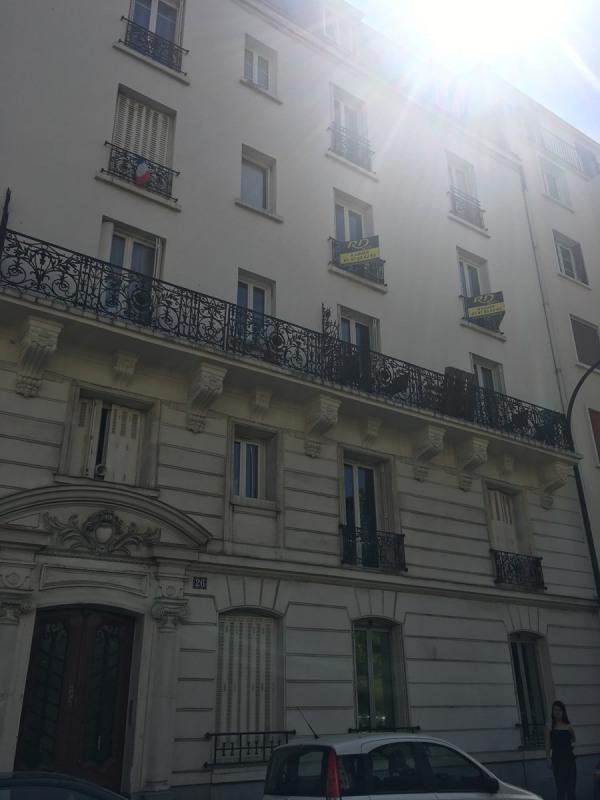 Location appartement Asnieres sur seine 950€ CC - Photo 1