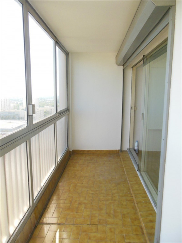 Investment property apartment Salon de provence 100000€ - Picture 3