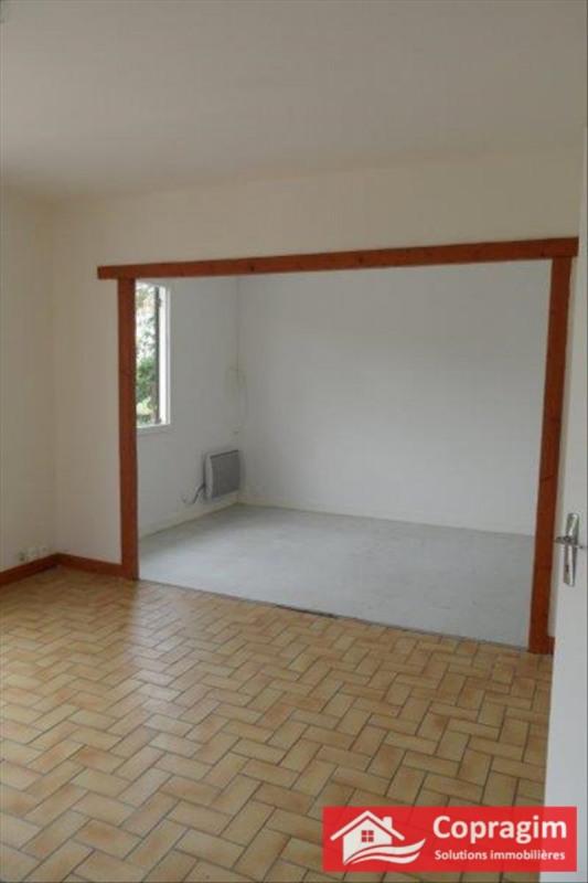 Location maison / villa Montereau fault yonne 780€ CC - Photo 2