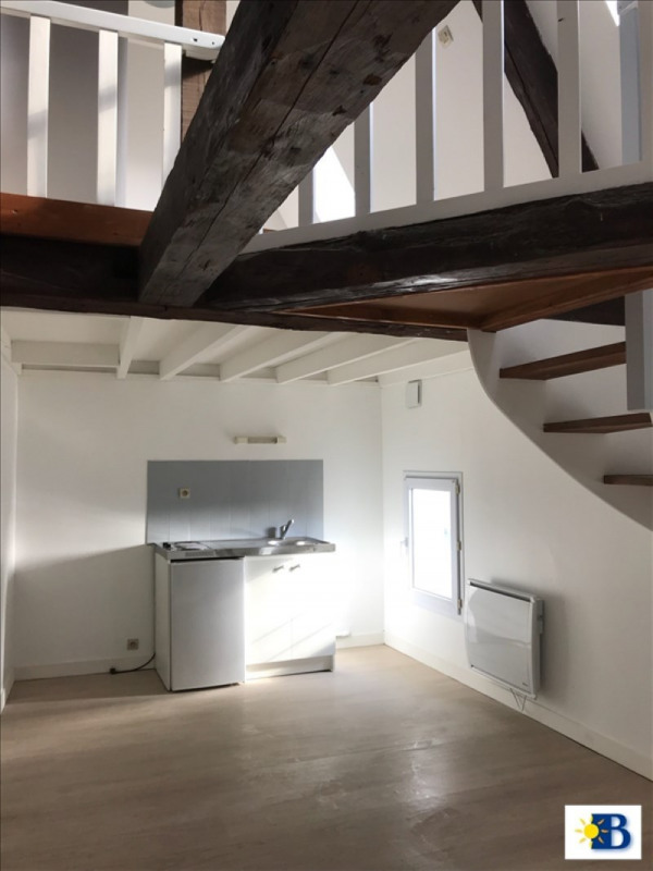 Location appartement Chatellerault 365€ CC - Photo 1