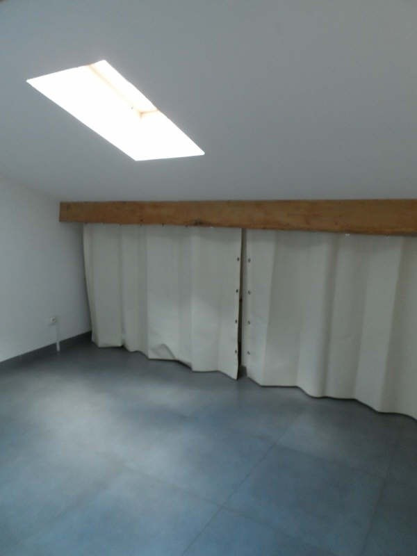 Location appartement Balaruc les bains 528€ CC - Photo 6