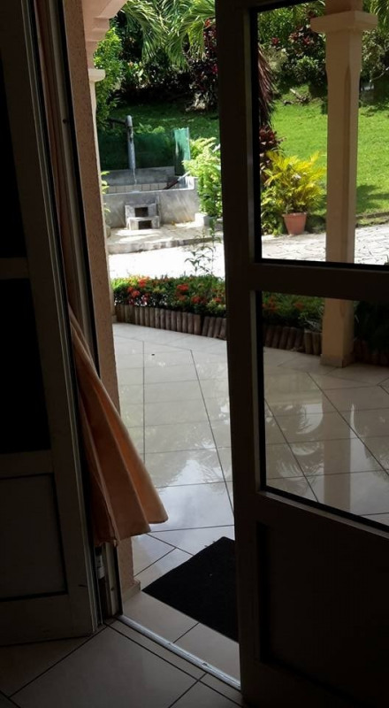 Deluxe sale house / villa Gourbeyre 553 850€ - Picture 20