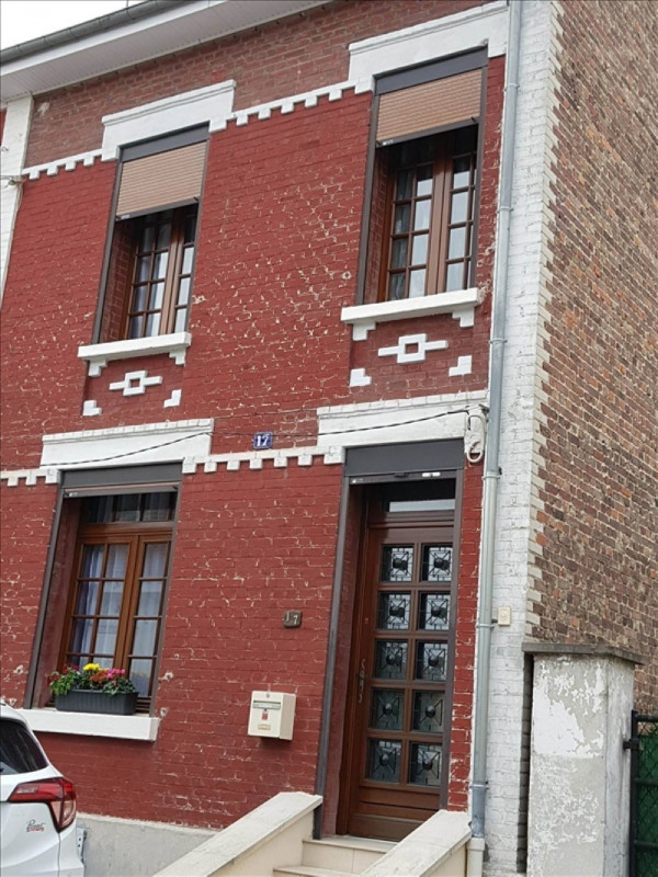 Sale house / villa Tergnier 116700€ - Picture 1