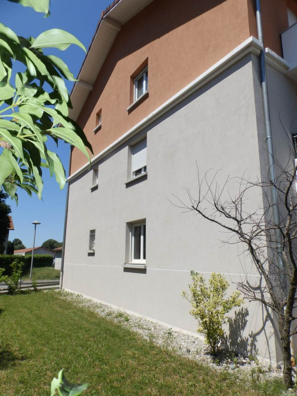 Sale apartment Sassenage 205000€ - Picture 2