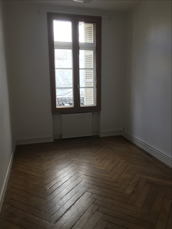 Rental apartment Poitiers 690€ CC - Picture 3