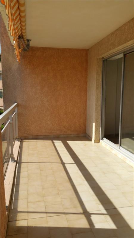 Location appartement Aix en provence 1150€ CC - Photo 2